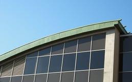 Élément d'une façade en verre d'une construction Photos libres de droits