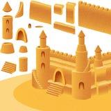 Élément réglé de plage d'été de bâtiment de mer de château de sable Image libre de droits