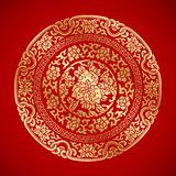 Éléments chinois de vintage sur le fond rouge classique Image stock