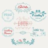 Éléments colorés romantiques esquissés de conception de vecteur Image libre de droits