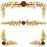 Éléments décoratifs de feuilles orientées d'automne Photographie stock libre de droits