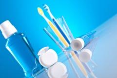 Éléments de soin dentaire Images libres de droits