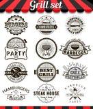 Éléments et insignes de conception de vintage de gril réglés Image stock