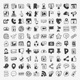 Éléments sociaux de media de griffonnage Photo stock