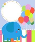 Éléphant mignon de chéri avec les ballons colorés Photos stock