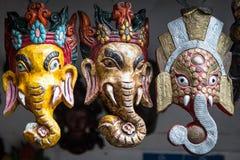 3 éléphants, masques népalais Image libre de droits