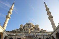Él nueva mezquita en Ä°stanbul Imágenes de archivo libres de regalías