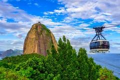 Él teleférico a Sugar Loaf en Rio de Janeiro foto de archivo libre de regalías