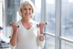 Élaboration convenable de femme d'aîné Photographie stock