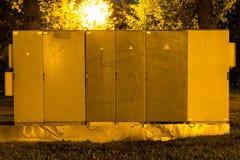 Électro boucliers L'électricité à haute tension 3D Boîte de distribution électrique photo libre de droits