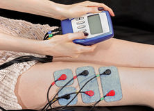 Électro thérapie de stimulation Photos libres de droits