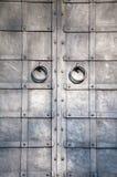 Électrodéposition de la trappe médiévale avec le heurtoir Images stock