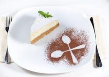 Électrodéposition et présentation décoratives de gâteau au fromage Photo stock
