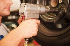 Élimination des pneus de la voiture Image stock