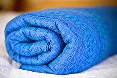 Élingue roulée de chéri bleue Image stock