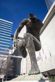 Émergence de sculpture située près d'Andrew Young Memorial Park Photographie stock
