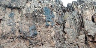 Émerveillez-vous la montagne avec le narmada de maa de rivière, Inde de Jabalpur Photos libres de droits
