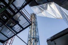 Émet de la vapeur l'installation - centrale de centrale à charbon Images stock