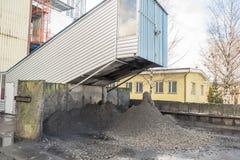 Émet de la vapeur l'installation - centrale de centrale à charbon Photographie stock