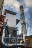 Émet de la vapeur l'installation - centrale de centrale à charbon Photo stock