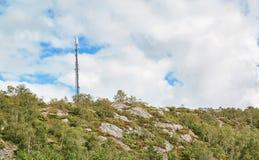 Émetteur cellulaire sur l'île Image stock