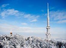 Émetteur sur la montagne de Sleza Images stock