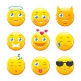 Émoticônes mignonnes de bande dessinée Icônes d'Emoji réglées Smiley Faces jaune Photos stock