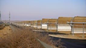 Énergie de substitution, batteries solaires Images stock