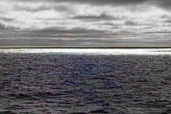 énergie propre de nature par temps orageux photos libres de droits