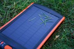 Énergie pure de générateur solaire de courant électrique, concept d'affaires photo stock