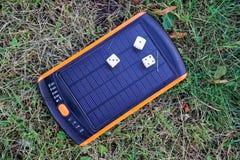 Énergie pure de générateur solaire de courant électrique, matrice là-dessus photographie stock