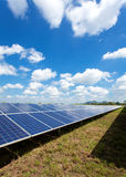 Énergie solaire pour l'énergie renouvelable électrique du soleil Photo stock