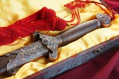 Épée chinoise pour la danse de forme physique photo stock