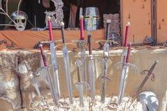Épées médiévales antiques Images stock