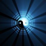 Épanouissement bleu de symbole de Yin Yang Bagua Image stock