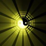 Épanouissement bleu de symbole de Yin Yang Bagua illustration de vecteur