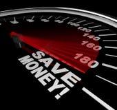 Épargnez l'argent - mots de vente au rabais sur le tachymètre Photographie stock libre de droits