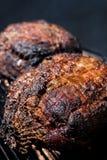 Épaule de porc sur le fumeur Image libre de droits