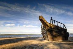 Épave abandonnée de bateau photographie stock