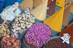 Épices au marché Image stock