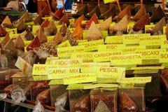 Épices au marché Images stock
