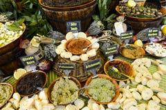 Épices sur le marché Photo stock