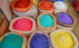 Épices sur le marché marocain Photographie stock libre de droits