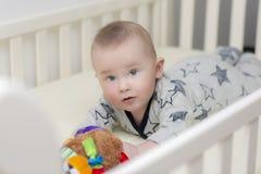 A época da barriga do infante fotografia de stock