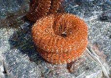 Éponge de fil pour le lavage de plat Photo libre de droits
