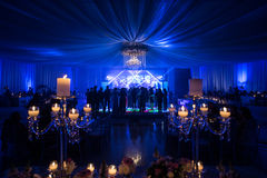 Épouser à la décoration et à l'iluminacion de nuit Photographie stock libre de droits