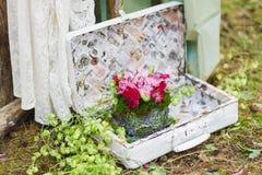 Épouser la composition florale en décor Photographie stock
