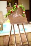 Épouser les plaques et les signes en bois images libres de droits