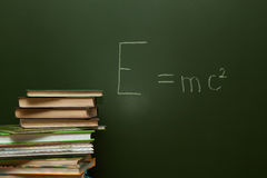 Équation sur le tableau noir Image stock