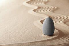 Équilibre de chant religieux de jardin de méditation de zen Photos libres de droits
